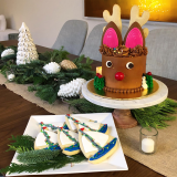Standard Reindeer Cake for a Boat Parade Party!